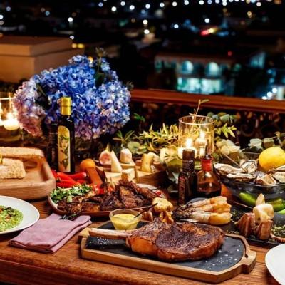 The perfect night to feast on the Med. Reservations: +971 (4) 270 7804, mercury.dubaijb@fourseasons.com  #MercuryMoments  #KeepOnSharing #KeepOnLoving #KeepOnDreaming  #MercuryDubai #FSDubai #FourSeasons #Dubai #MyDubai #MediterraneanLife #NewSeason